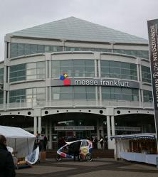 bokmassan-i-frankfurt